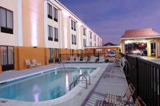 Jacksonville NC Quality Inn Hotel - Seasonal heated outdoor pool at Quality Inn Jacksonville, NC